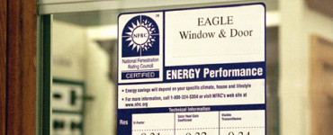 Performance label on a window
