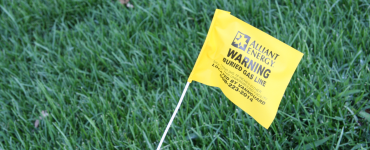 gas line marker flag